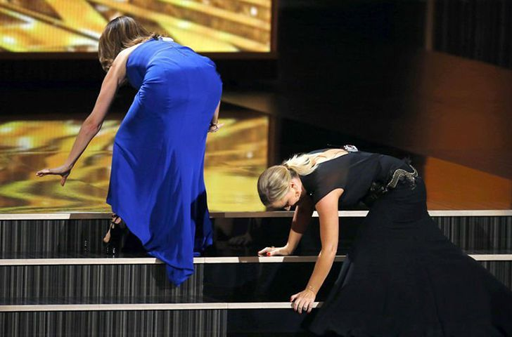 46-most-awkward-red-carpet-moments_29.jpg
